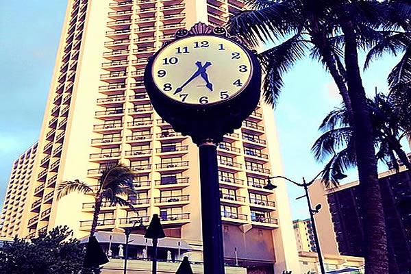 『マイケル・グレイヴス』がデザインした福岡のホテルで休息